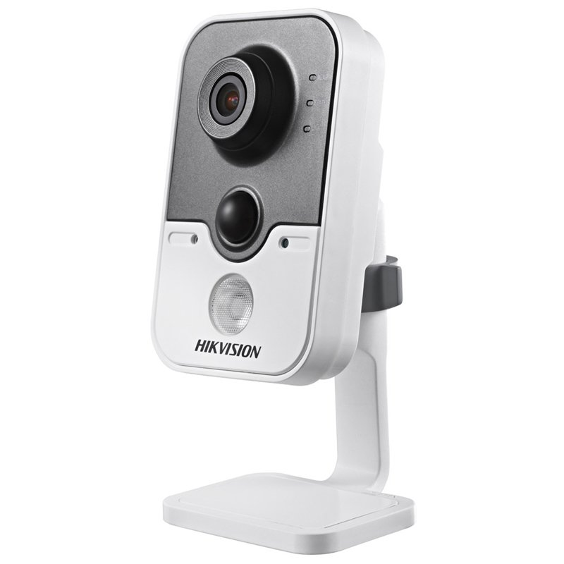 HikVision DS-2CD2422FWD-IW 0