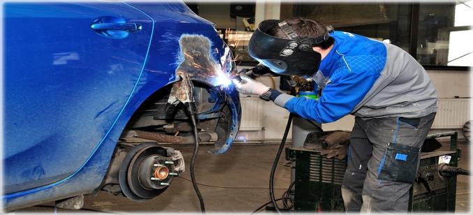 svarka avto 1 677x308 - Чем лучше варить кузов автомобиля