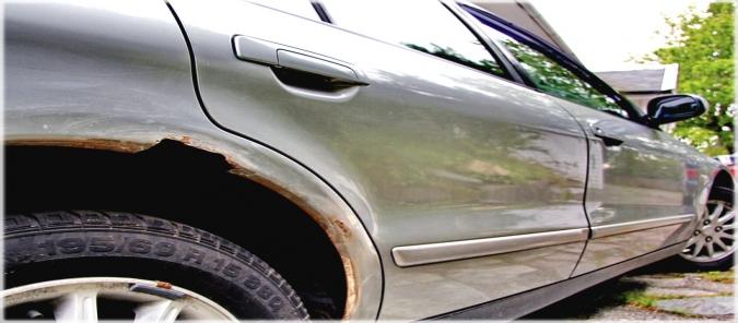 svarka avto 3 675x296 - Чем лучше варить кузов автомобиля